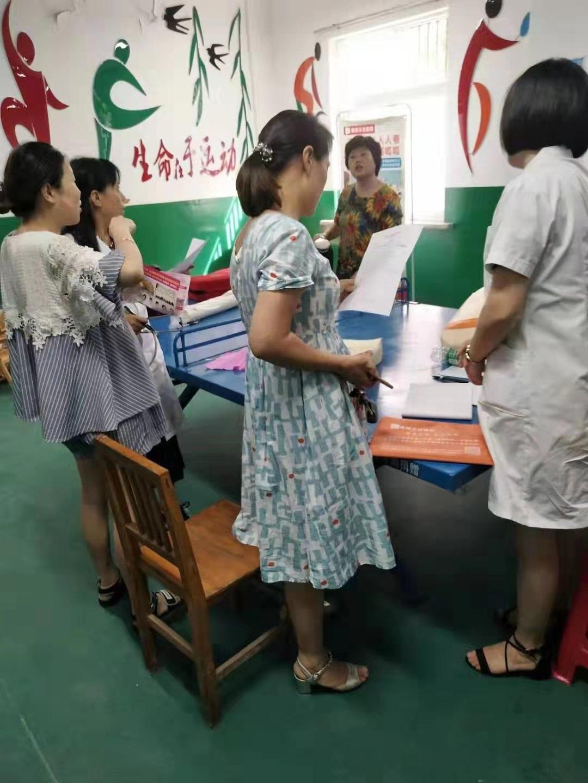 南阳天伦妇产医院健康义诊、讲座进社区 居民点赞,暖心!