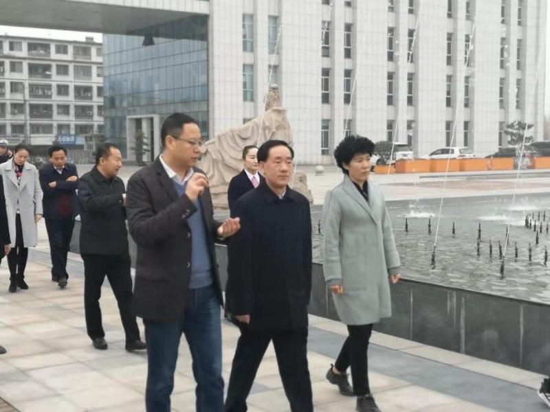 河南省副省长戴柏华莅宛调研中医药工作