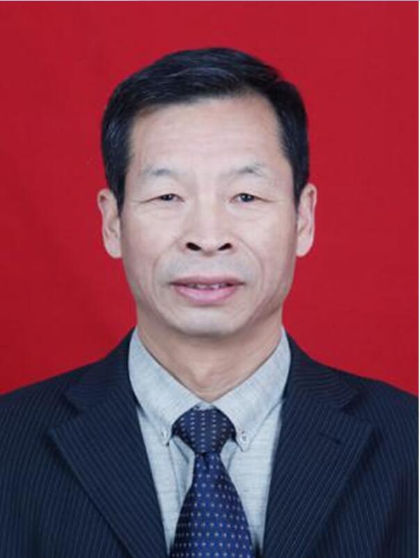 """南阳市第二届中医""""十大名师""""评选候选人事迹展示——陈宇飞"""